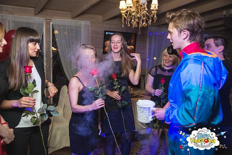 Роза для подружек невесты